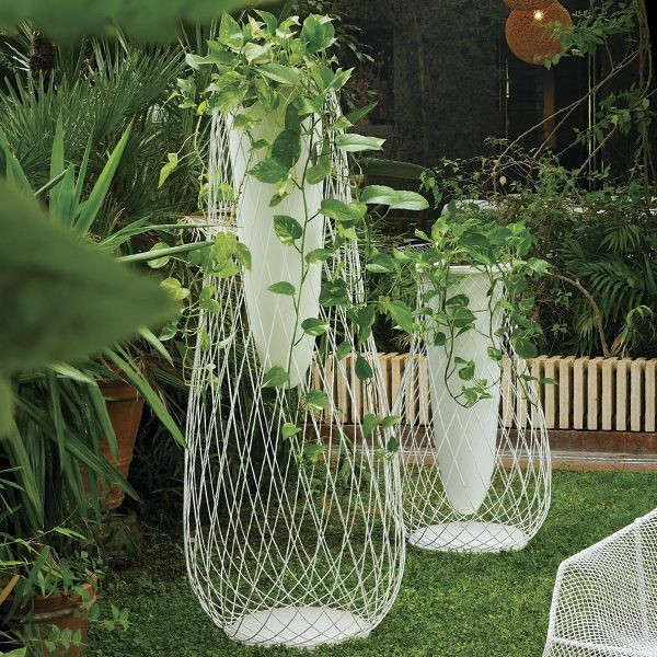 EMUcontemporary-outdoor-pots-and-planters