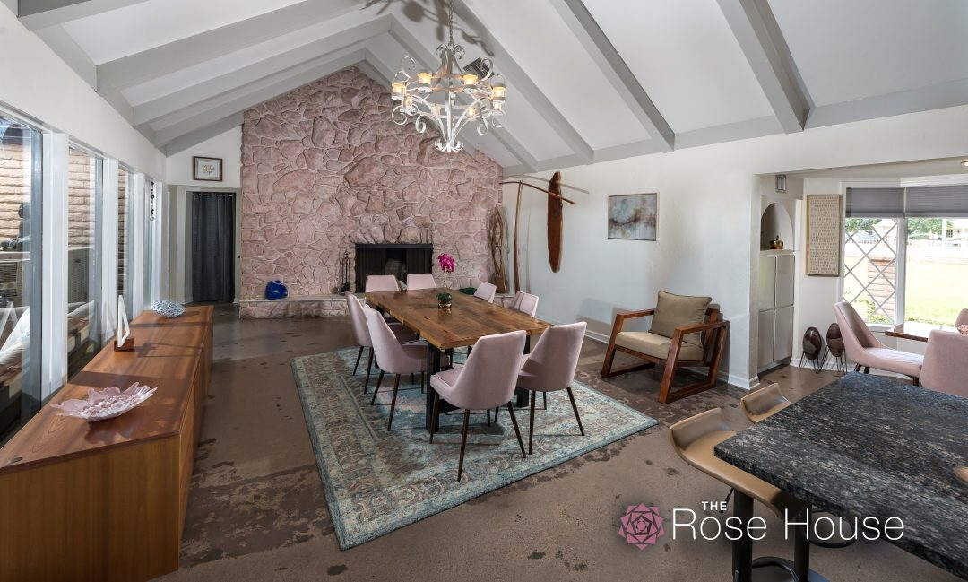 Rose House DR – R