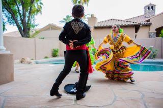 YvetteCraddockDesigns-MexicanDancers